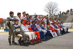 Photo de groupe des pilotes de GT500