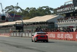 Jamie Whincup wins back to back races