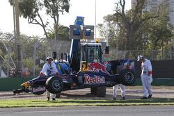 Sebastian Vettel, Red Bull Racing, arrêté sur la piste