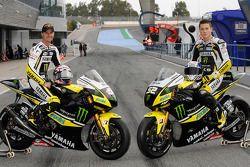 Colin Edwards y James Toseland con su Yamaha YZR-M1