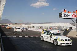 Augusto Farfus, BMW Team Germany, BMW 320si, au départ