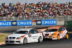 Jorg Muller, BMW Team Germany, BMW 320si et Tom Coronel, Sunred Engineering, Seat Leon 2.0 TFSI