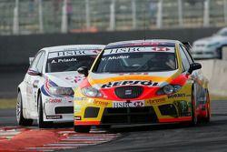 Yvan Muller, Seat Sport, Seat Leon 2.0 TDI and Andy Priaulx, BMW Team UK, BMW 320si