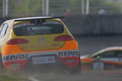 Tiago Monteiro, Seat Sport, Seat Leon 2.0 TDI off the track, gravel