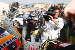 Yvan Muller, Seat Sport celebrating