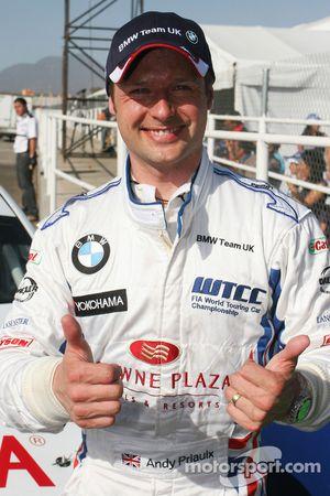Andy Priaulx, BMW Team UK happy