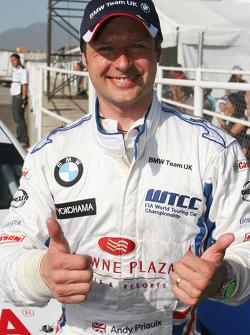 Andy Priaulx, BMW Team UK, heureux