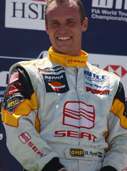 Rickard Rydell, Seat Sport, sur le podium