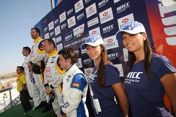 Podium: Félix Porteiro, Scuderia Proteam Motorsport, Rickard Rydell, Seat Sport, Yvan Muller, Seat Sport et Andy Priaulx, BMW Team UK