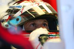 Jarno Trulli, Toyota Racing. Pitlane, stand, garage.