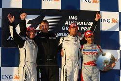 Podium: race winnaar Jenson Button, Brawn GP, tweede Rubens Barrichello, Brawn GP, third place Jarno