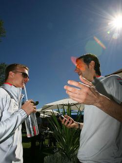 Heikki Kovalainen, McLaren Mercedes et Pedro de la Rosa, pilote d'essais McLaren Mercedes