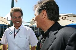 Dr. Mario Theissen, directeur général de BMW Motorsport et Nelson Piquet