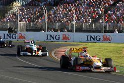 Fernando Alonso, Renault F1 Team leads Giancarlo Fisichella, Force India F1 Team