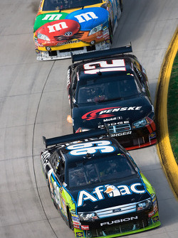 Carl Edwards, Roush Fenway Racing Ford, David Stremme, Penske Racing Dodge, Kyle Busch, Joe Gibbs Ra