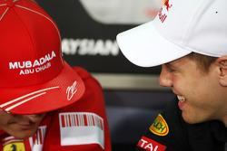 Пресс-конференция FIA: Кими Райкконен, Scuderia Ferrari и Себастьян Феттель, Red Bull Racing