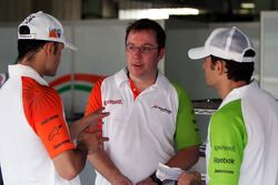 Vitantonio Liuzzi Force India F1 Third Driver with Jody Eggington Force India F1 Race Engineer and G
