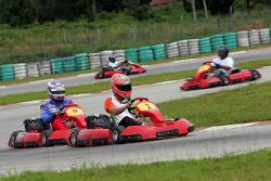 F1 Fun Kart Challenge: Vitantonio Liuzzi ve Edoardo Mortara