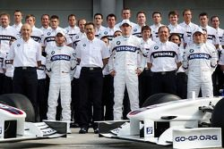 BMW Team photograph, Peter Sauber, BMW Sauber F1 Team, Team Advisor, Nick Heidfeld, BMW Sauber F1 Te