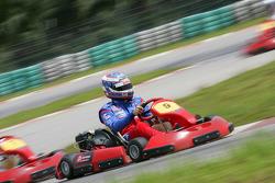 F1 Fun Kart Challenge: Edoardo Mortara