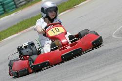 F1 Fun Kart Challenge: Alexa Quintin, GP2 series Basın Sorumlusu