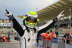 Pole: Kazanan Jenson Button, Brawn GP, kutlama yapıyor