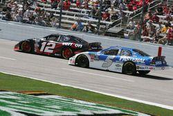 Justin Allgaier et Dale Earnhardt Jr.