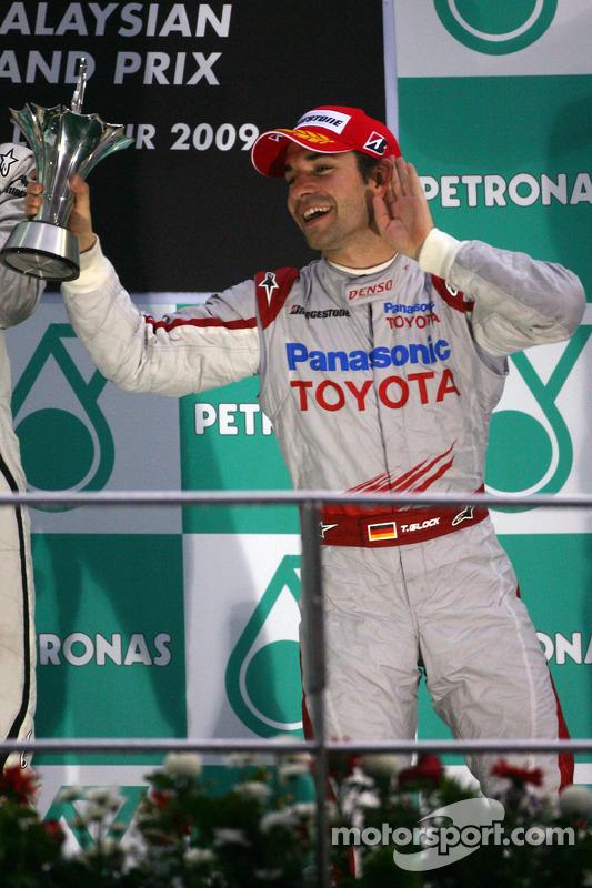Podio: tercer lugar Timo Glock, Toyota F1 Team