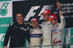 Podium: race winner Jenson Button, Brawn GP, second place Nick Heidfeld, BMW Sauber F1 Team, third p