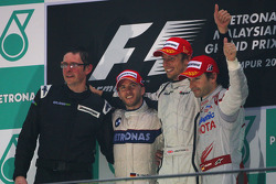 Podyum: Yarış galibi Jenson Button, Brawn GP, 2. Nick Heidfeld, BMW Sauber F1 Team, 3. Timo Glock, T