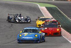 La Proton Porsche 997 GT3 RSR N°88 (Horst Felbermayr Sr., Christian Ried, Francisco Cruz Martins)