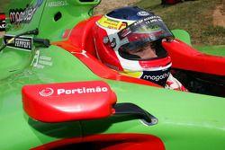 Filipe Albuquerque, pilote de l'équipe du Portugal de l'A1 GP avec sa monoplace