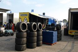 Michelin team members pack up