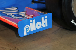 Piloti has thier name on the on the front wing