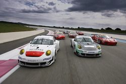 Photo des GT2 sur la piste