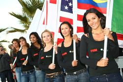 Speed demo in Portimao: grid girls