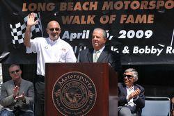 Bobby Rahal sur le podium Bob Foster