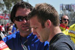 Ed Carpenter, Vision Racing talks with Bryan Herta