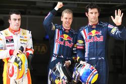 Pole winner Sebastian Vettel, Red Bull Racing, second place Fernando Alonso, Renault F1 Team, third