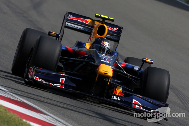 Red Bull RB5 - 6 victorias