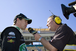 Carl Edwards avec la radio MRN
