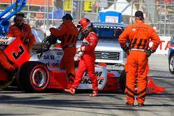 Helio Castroneves, Team Penske après son accident