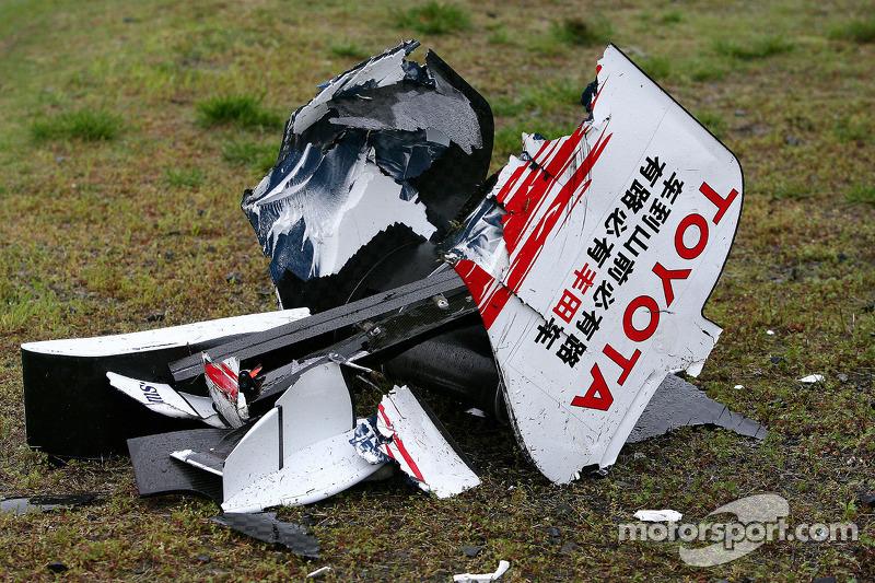 А вот в Toyota, так и не сумев одержать хоть одну победу, на волне глобального кризиса в экономике решили оставить Формулу 1 после завершения сезона-2009