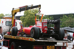 Coche de Felipe Massa, Scuderia Ferrari después de parar en la pista