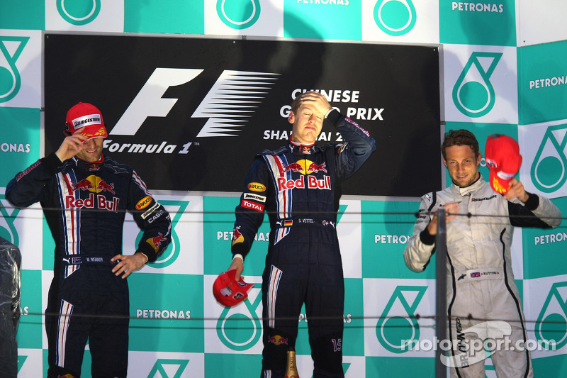 Pódio: Mark Webber, Sebastian Vettel e Jenson Button