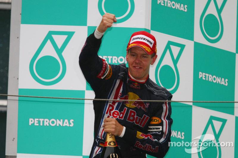 Vettel comemora