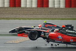 Federico Leo and Anton Nebylitskiy crash