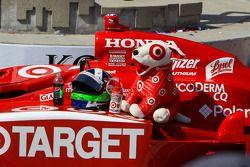 Car, helmet and mascot of race winner Dario Franchitti, Target Chip Ganassi Racing
