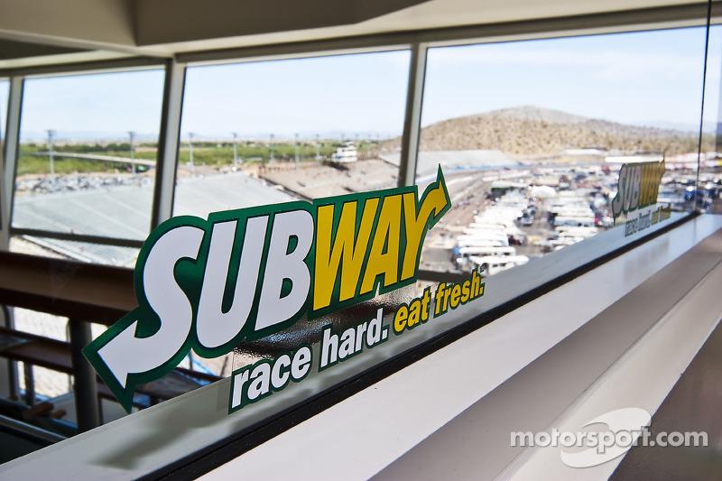 Annonce de l''événement «Subway Fresh Fit 500 NASCAR Sprint Cup Series»
