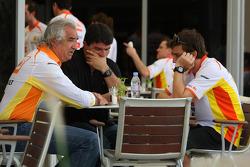 Flavio Briatore, Renault F1 Team, Team Chief, Managing Director and Fernando Alonso, Renault F1 Team